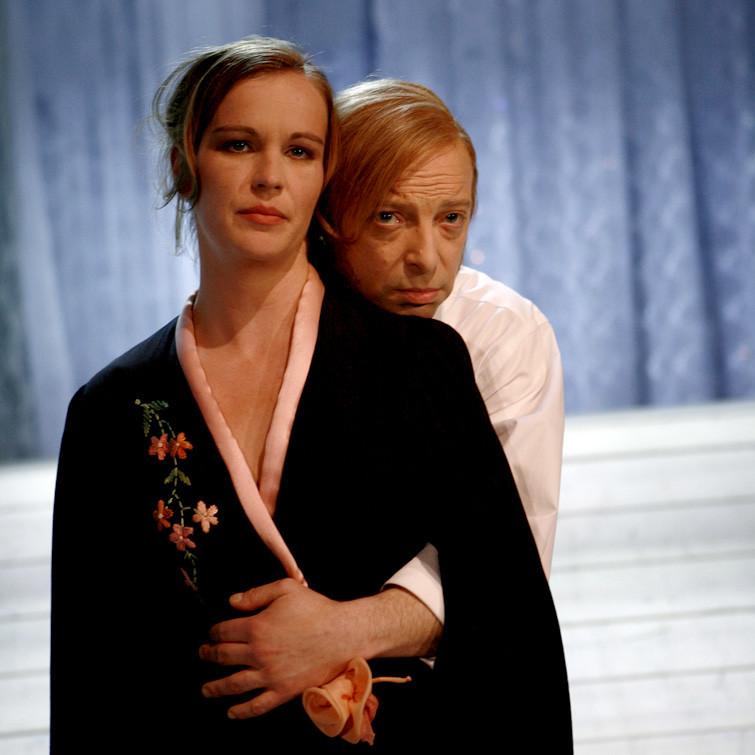 ONKEL WANJA, Schauspiel von Anton Tschechowain einer Inszenierung von Elina Finkel. Jelena Andrejewna: Katja Zinsmeister