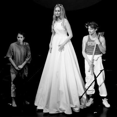 Theater Aachen: Faust 1+2, Katja Zinsmeister, Markus Weickert, Marie Hacke, © Foto: Manthei