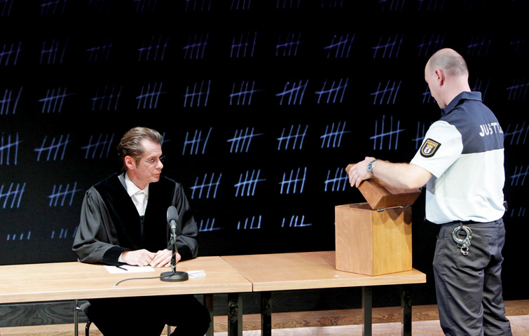 TERROR_Theater_Aachen_Karsten_Meyer_Maciek_Jurach