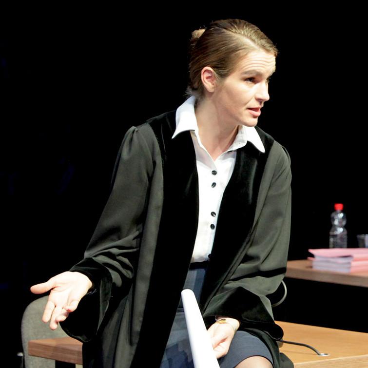 TERROR_Theater_Aachen_Katja_Zinsmeister