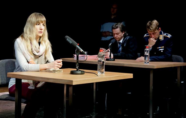 Theater Aachen_Terror_Luana_Bellinghausen