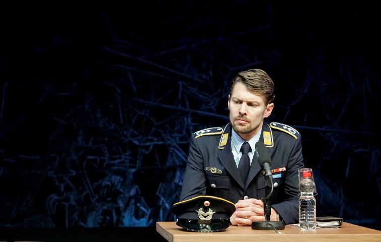 TERROR_Theater_Aachen_Markus_Weickert
